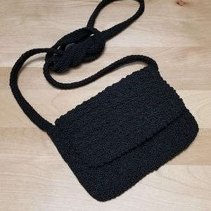 GAP | BLACK CROCHETED CROSS BODY MINI BAG